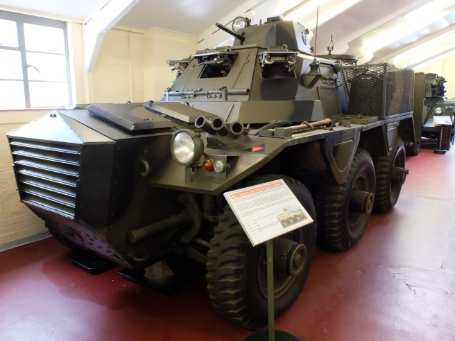 saracen-armoured-car